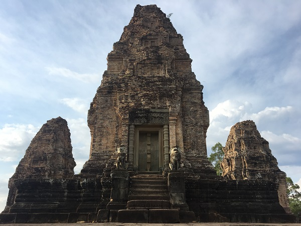 Amazing Cambodia and Thailand Trip - East Mebon
