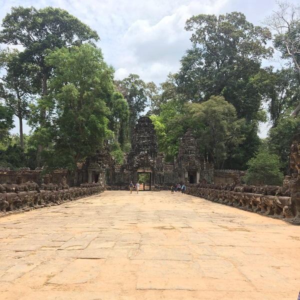 Amazing Cambodia and Thailand Trip - Entrance of Angkor