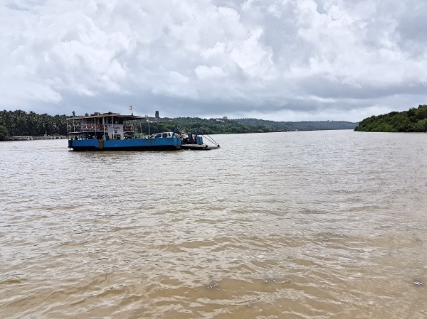 Divar Island Ferry in Mandovi River - Divar Island Goa Guide