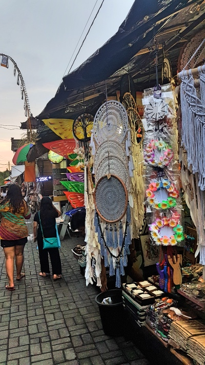 Dream Catcher - Ubud Art Market Guide Bali